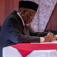 Nigeria CJN Ibrahim Tanko Mohammad studied Islamic Law and had 3 credits, 2 passes  in his WAEC excluding English Language, got Doctor of Law as qualifications