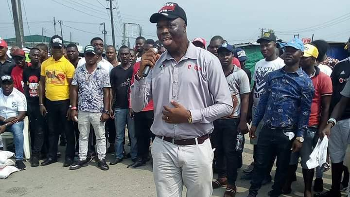 Late Lawrence Ojei the murdered Gov Okowa'a Aide adressing a crowd