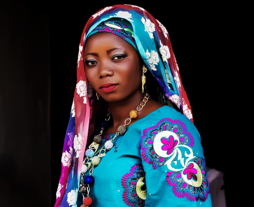 Woman wearing traditional Hausa woman attire